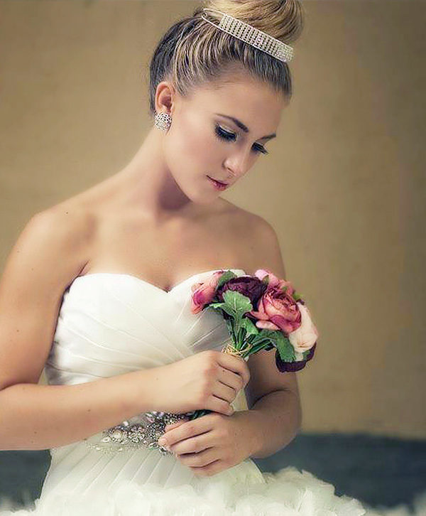 classic makeup bride look